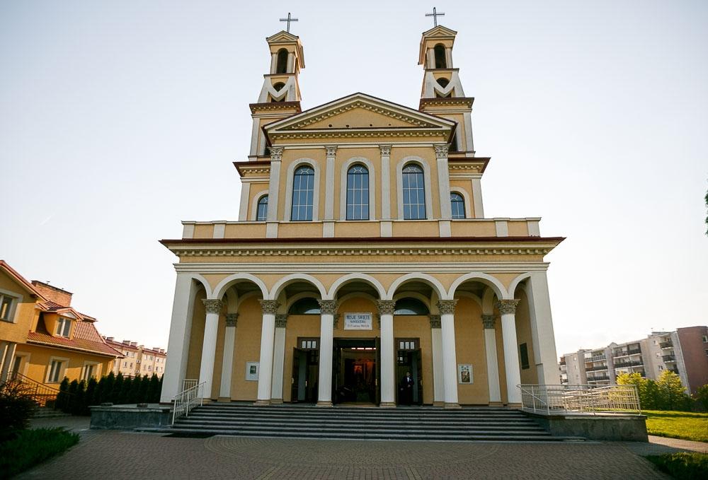 Pałacyk Otrębusy, Kościół pw Matki Bożej Nieustającej Pomocy Pruszków (23)