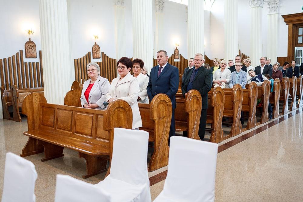 Pałacyk Otrębusy, Kościół pw Matki Bożej Nieustającej Pomocy Pruszków (35)