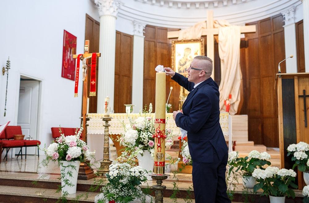 Pałacyk Otrębusy, Kościół pw Matki Bożej Nieustającej Pomocy Pruszków (52)