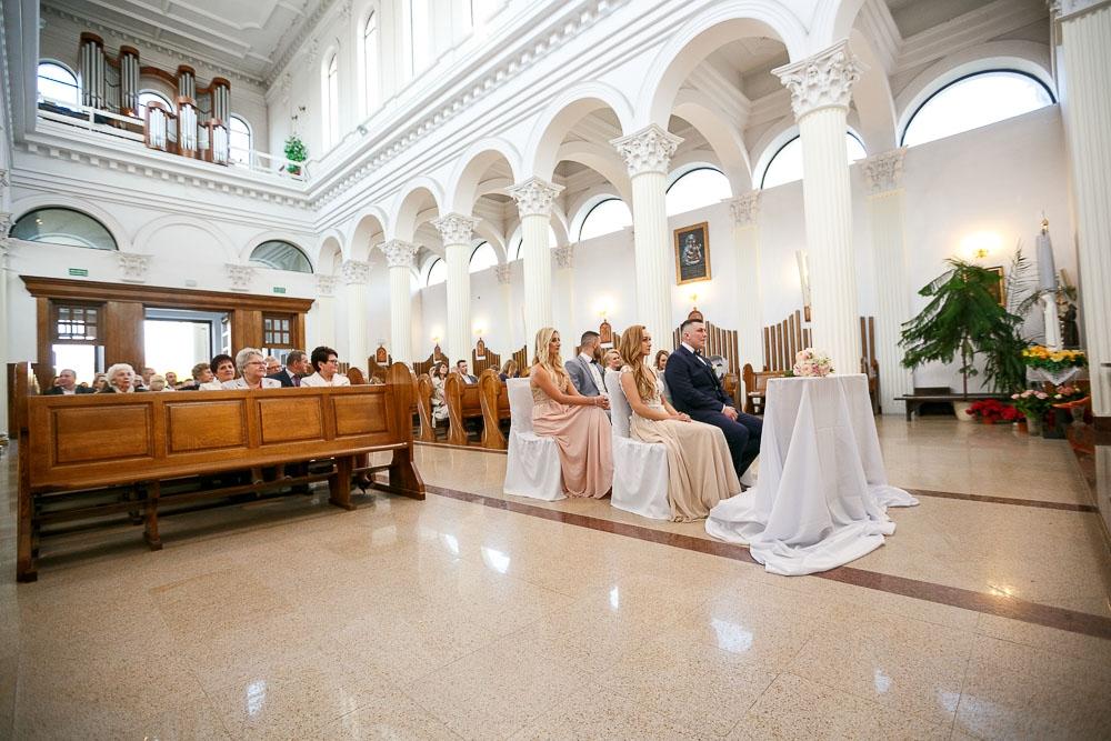 Pałacyk Otrębusy, Kościół pw Matki Bożej Nieustającej Pomocy Pruszków (54)