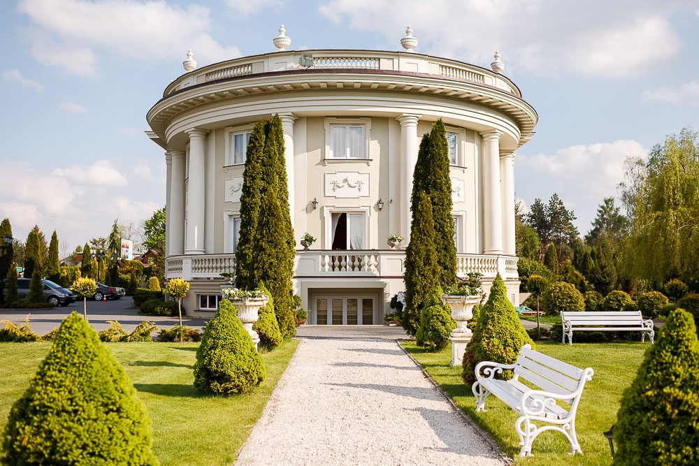 Pałacyk Otrębusy(1)