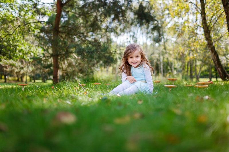 fotografia dzieci w plenerze,Pruszkow, Komorow, Podkowa Lesna, Milanowek (7)