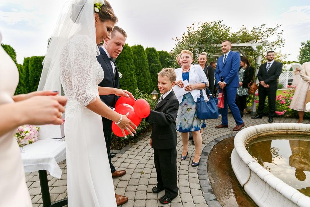 fotograf ślub Błonie, Lawendowy Pałacyk, zdjęcia ślubne Błonie (36)